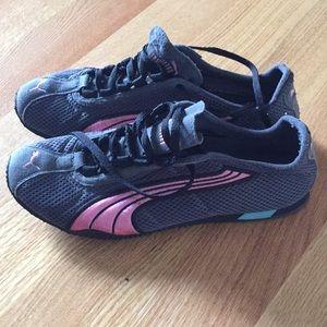 Puma pink & black sneakers.